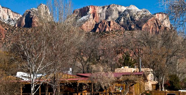 Zion Entrance in Springdale Utah, By Bachspics