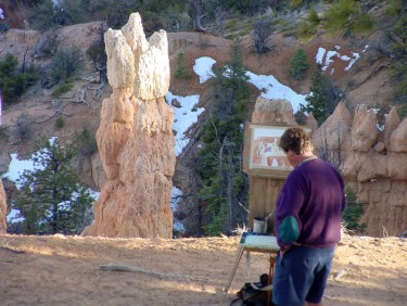 Guy painting in Bryce Canyon