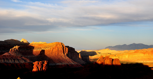 Capitol Reef By Ron Gielgens